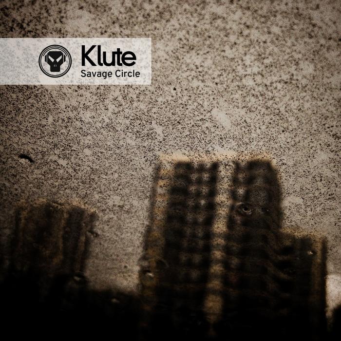 Klute - Savage Circle